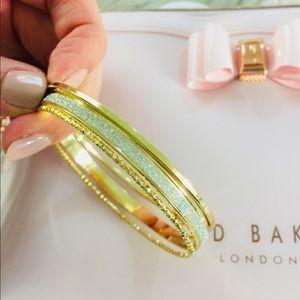 Jewelry - NEW Gold Silver Glitter Bangle Bracelet Set